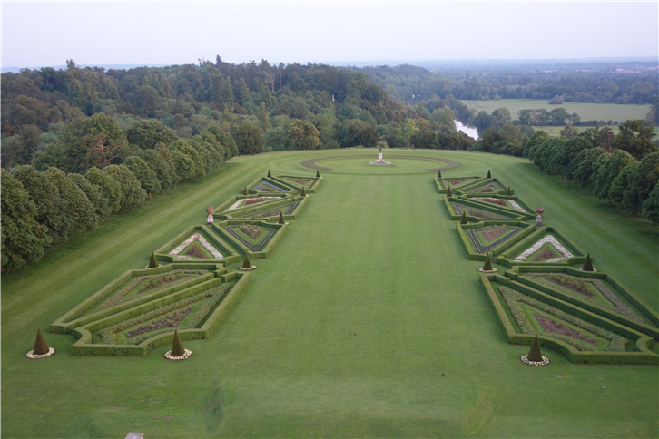 cliveden 5472 grounds-crop-v2.JPG