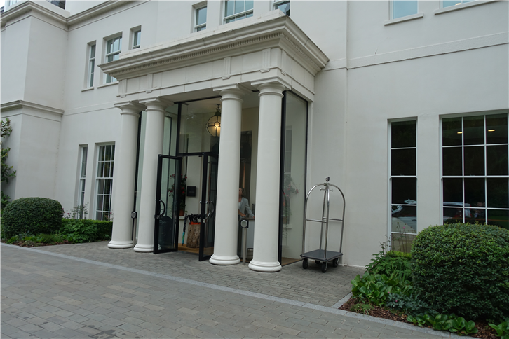 coworth-park 5472 entrance-crop-v2.JPG