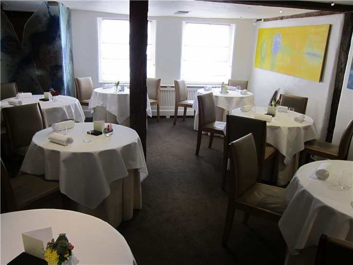 fat-duck 3648 dining room 2-crop-v3.JPG