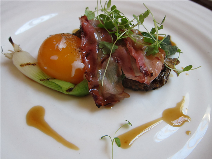 harwood-arms 1824 egg and bacon-crop-v2.JPG