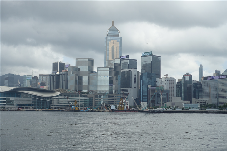 hong-kong-2016 5472 harbour view-crop-v2.JPG