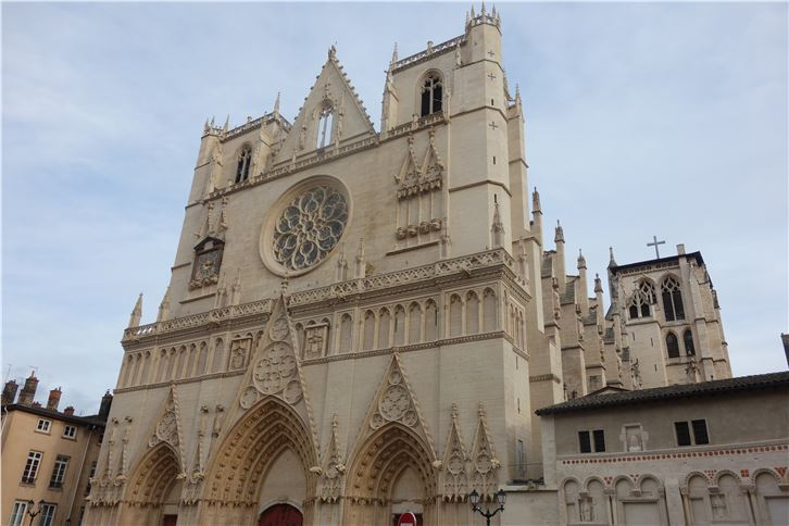 lyon 5472 cathedral-crop-v2.JPG