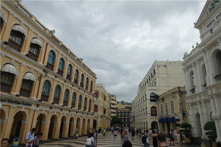 macau 5472 old town-crop-v2.JPG