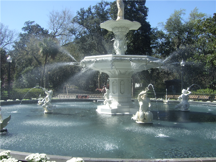 savannah 1024 fountain-crop-v3.JPG