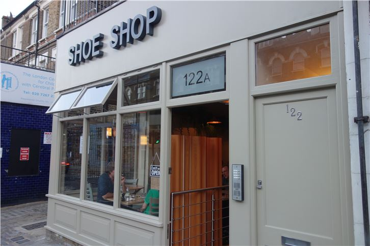 shoe-shop 5472 outside-crop-v2.JPG
