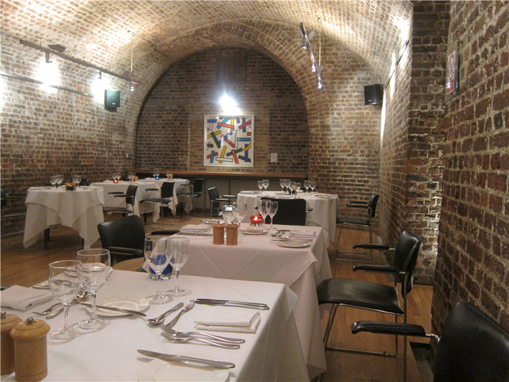 vaults 3648 dining room-crop-v2.JPG