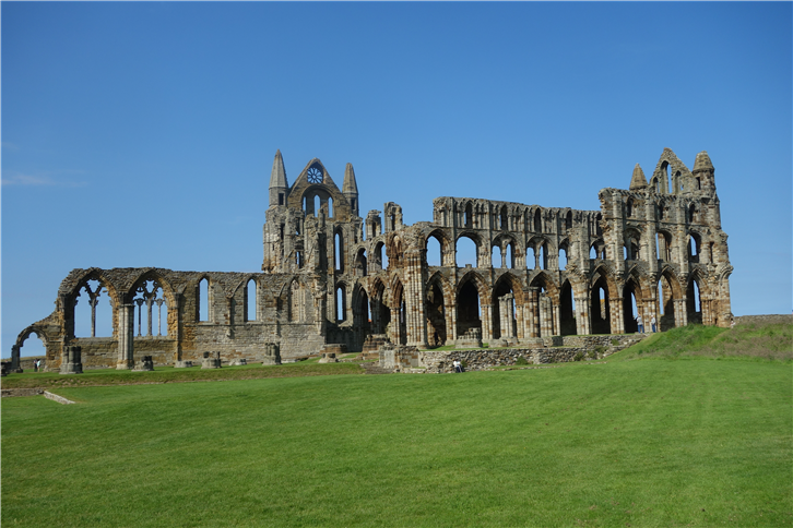 whitby 5472 best abbey view-crop-v2.JPG